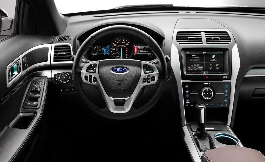 2013 Ford Explorer Sport - Slide 32