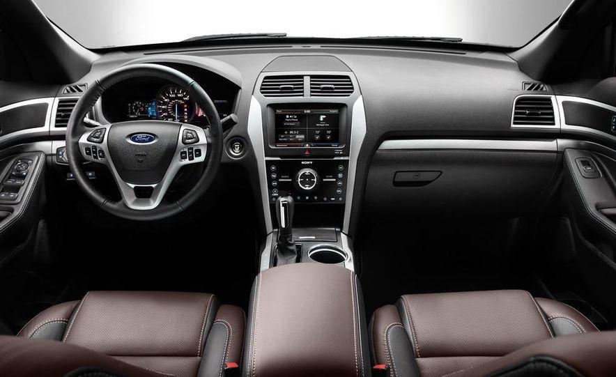 2013 Ford Explorer Sport - Slide 33