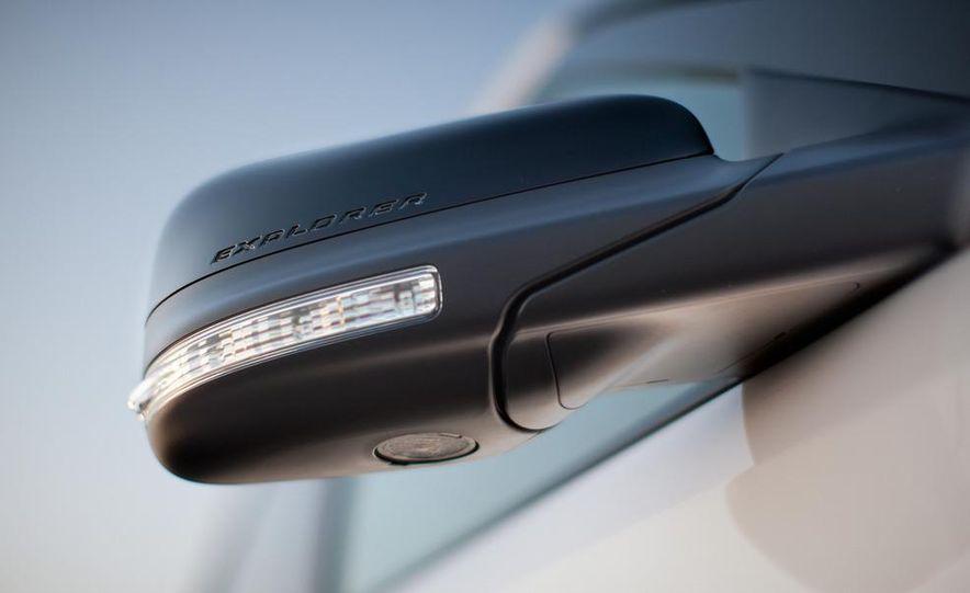 2013 Ford Explorer Sport - Slide 24