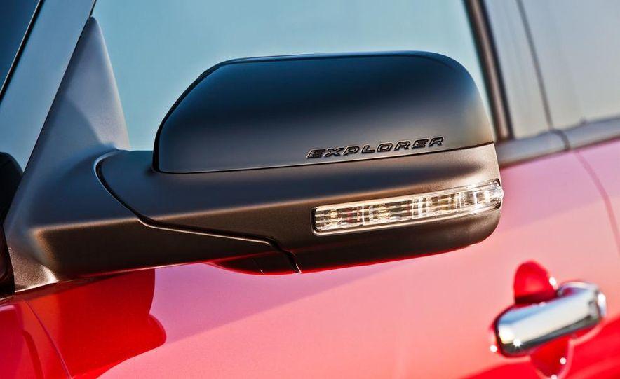 2013 Ford Explorer Sport - Slide 44