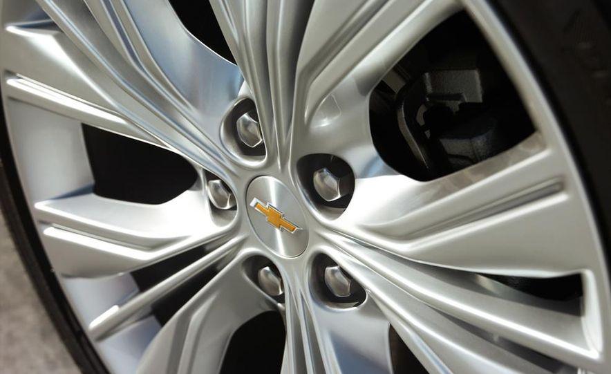 2014 Chevrolet Imapala LTZ - Slide 22