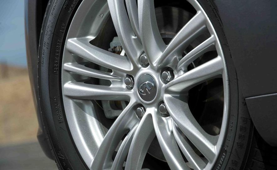 2012 Mercedes-Benz C250 Sport, 2012 Volvo S60 T6 AWD, 2012 Audi A4 2.0T Quattro, 2012 Infiniti G25, and 2012 BMW 328i - Slide 25