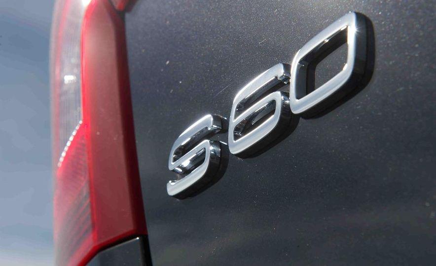 2012 Mercedes-Benz C250 Sport, 2012 Volvo S60 T6 AWD, 2012 Audi A4 2.0T Quattro, 2012 Infiniti G25, and 2012 BMW 328i - Slide 40