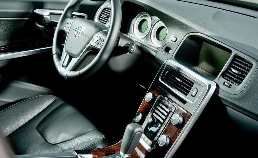 2012 Mercedes-Benz C250 Sport, 2012 Volvo S60 T6 AWD, 2012 Audi A4 2.0T Quattro, 2012 Infiniti G25, and 2012 BMW 328i - Slide 41
