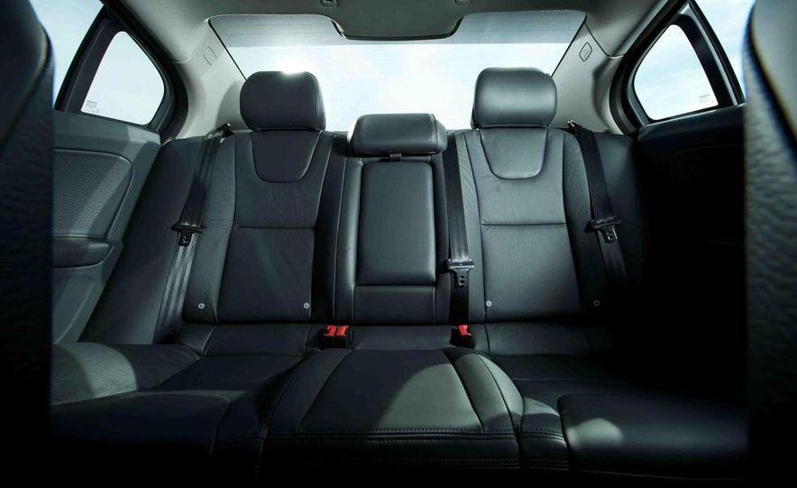 2012 Mercedes-Benz C250 Sport, 2012 Volvo S60 T6 AWD, 2012 Audi A4 2.0T Quattro, 2012 Infiniti G25, and 2012 BMW 328i - Slide 43