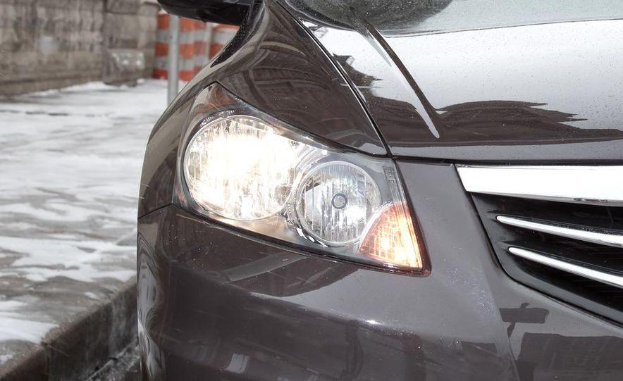 2012 Volkswagen Passat 2.5 SE, 2012 Honda Accord EX-L, 2012 Hyundai Sonata SE, 2012 Toyota SE, 2012 Kia Optima EX, and 2013 Chevrolet Malibu Eco - Slide 20