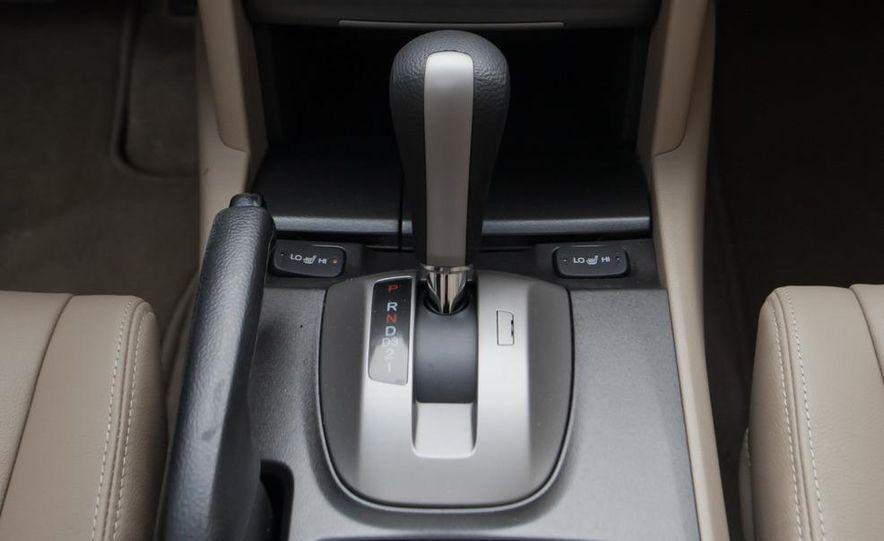 2012 Volkswagen Passat 2.5 SE, 2012 Honda Accord EX-L, 2012 Hyundai Sonata SE, 2012 Toyota SE, 2012 Kia Optima EX, and 2013 Chevrolet Malibu Eco - Slide 26