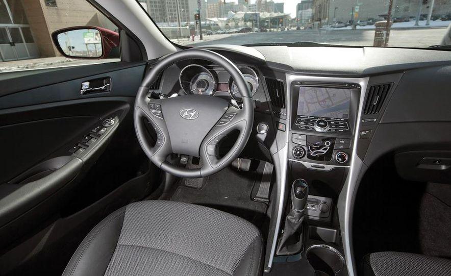 2012 Volkswagen Passat 2.5 SE, 2012 Honda Accord EX-L, 2012 Hyundai Sonata SE, 2012 Toyota SE, 2012 Kia Optima EX, and 2013 Chevrolet Malibu Eco - Slide 50
