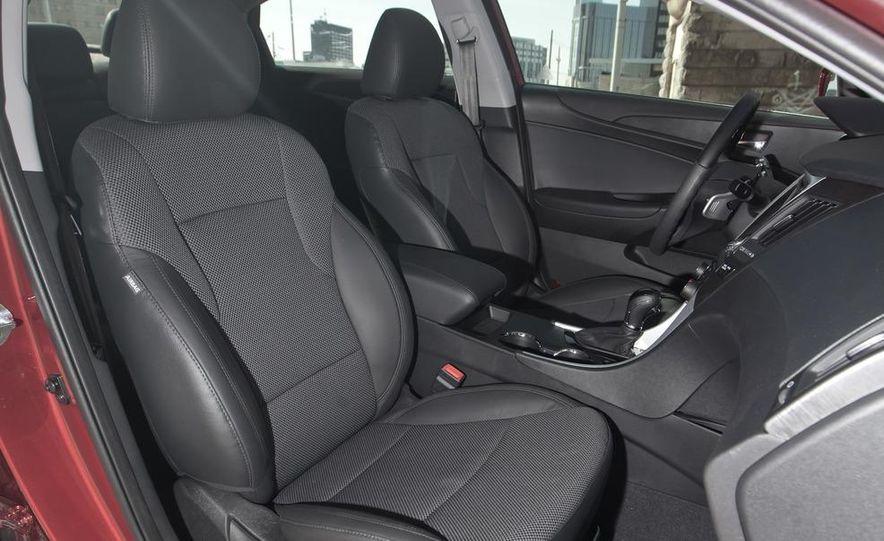 2012 Volkswagen Passat 2.5 SE, 2012 Honda Accord EX-L, 2012 Hyundai Sonata SE, 2012 Toyota SE, 2012 Kia Optima EX, and 2013 Chevrolet Malibu Eco - Slide 51