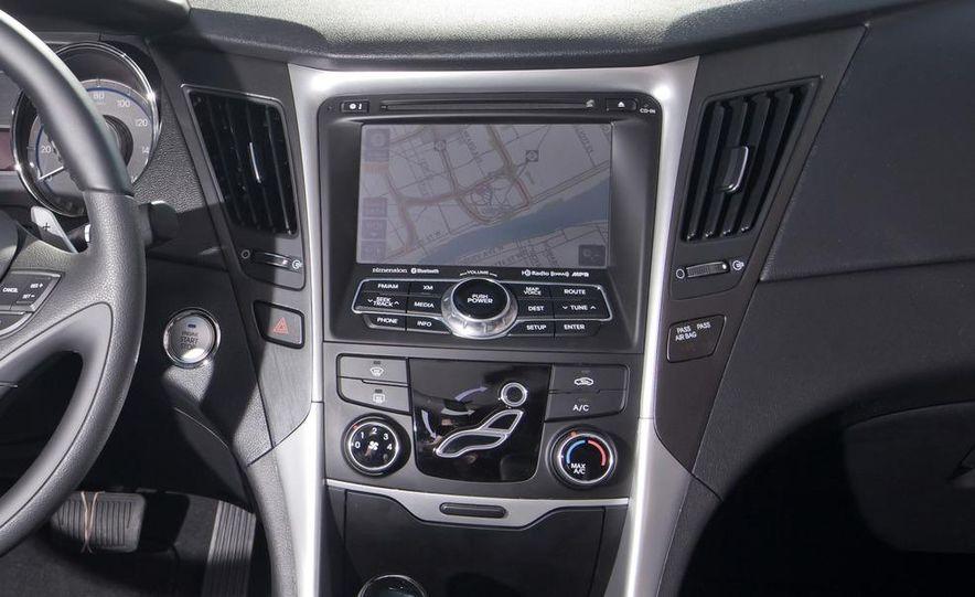 2012 Volkswagen Passat 2.5 SE, 2012 Honda Accord EX-L, 2012 Hyundai Sonata SE, 2012 Toyota SE, 2012 Kia Optima EX, and 2013 Chevrolet Malibu Eco - Slide 53
