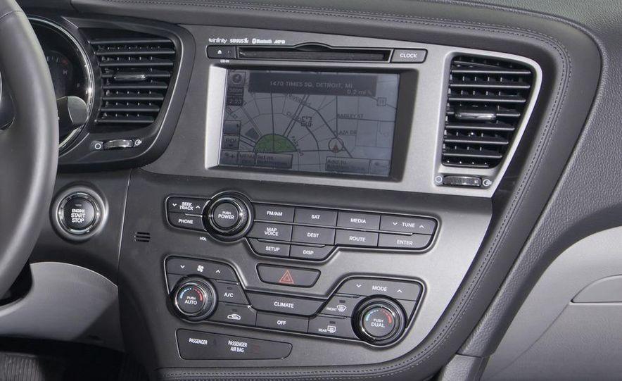 2012 Volkswagen Passat 2.5 SE, 2012 Honda Accord EX-L, 2012 Hyundai Sonata SE, 2012 Toyota SE, 2012 Kia Optima EX, and 2013 Chevrolet Malibu Eco - Slide 39