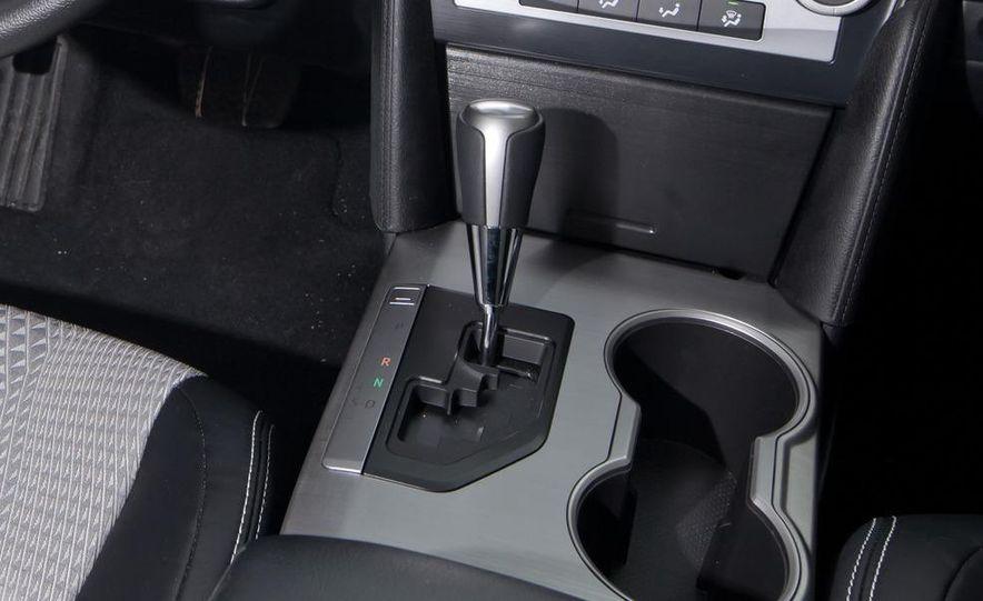2012 Volkswagen Passat 2.5 SE, 2012 Honda Accord EX-L, 2012 Hyundai Sonata SE, 2012 Toyota SE, 2012 Kia Optima EX, and 2013 Chevrolet Malibu Eco - Slide 65