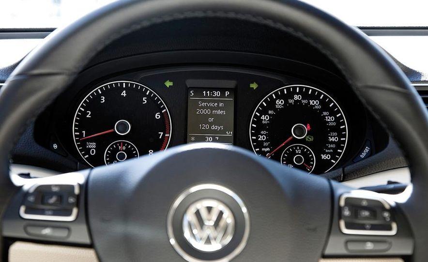 2012 Volkswagen Passat 2.5 SE, 2012 Honda Accord EX-L, 2012 Hyundai Sonata SE, 2012 Toyota SE, 2012 Kia Optima EX, and 2013 Chevrolet Malibu Eco - Slide 14