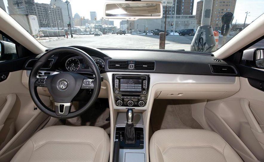 2012 Volkswagen Passat 2.5 SE, 2012 Honda Accord EX-L, 2012 Hyundai Sonata SE, 2012 Toyota SE, 2012 Kia Optima EX, and 2013 Chevrolet Malibu Eco - Slide 11