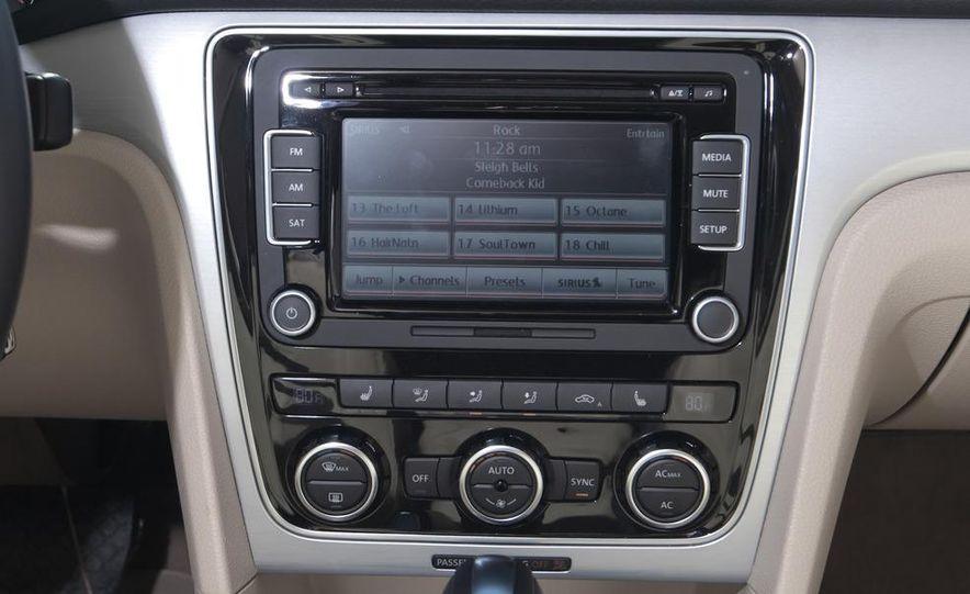 2012 Volkswagen Passat 2.5 SE, 2012 Honda Accord EX-L, 2012 Hyundai Sonata SE, 2012 Toyota SE, 2012 Kia Optima EX, and 2013 Chevrolet Malibu Eco - Slide 15