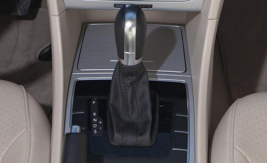 2012 Volkswagen Passat 2.5 SE, 2012 Honda Accord EX-L, 2012 Hyundai Sonata SE, 2012 Toyota SE, 2012 Kia Optima EX, and 2013 Chevrolet Malibu Eco - Slide 16