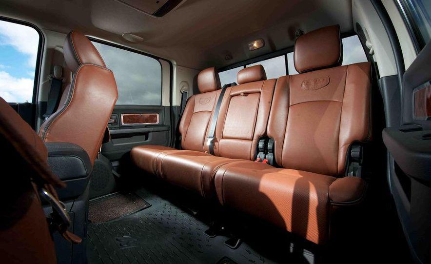 2012 Ford F-250 Super Duty King Ranch 4x4 crew cab and 2012 Chevrolet Silverado 2500 LTZ 4WD crew cab - Slide 33