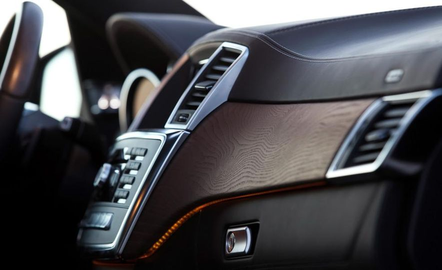 2013 Mercedes-Benz GL450 - Slide 28