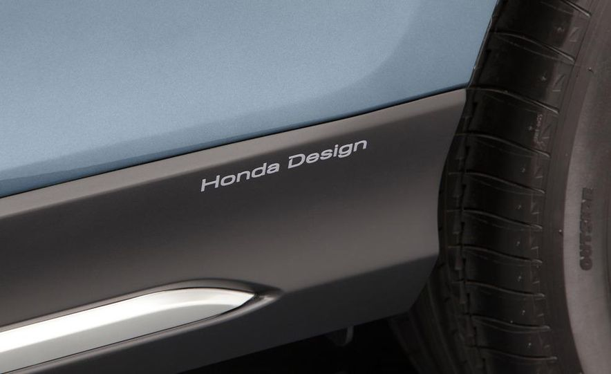 2013 Honda Crosstour concept - Slide 19