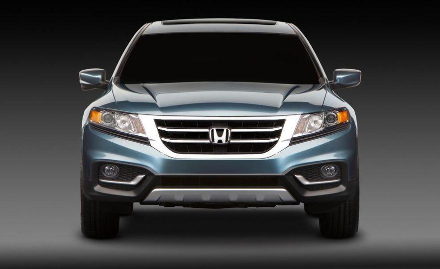 2013 Honda Crosstour concept - Slide 12