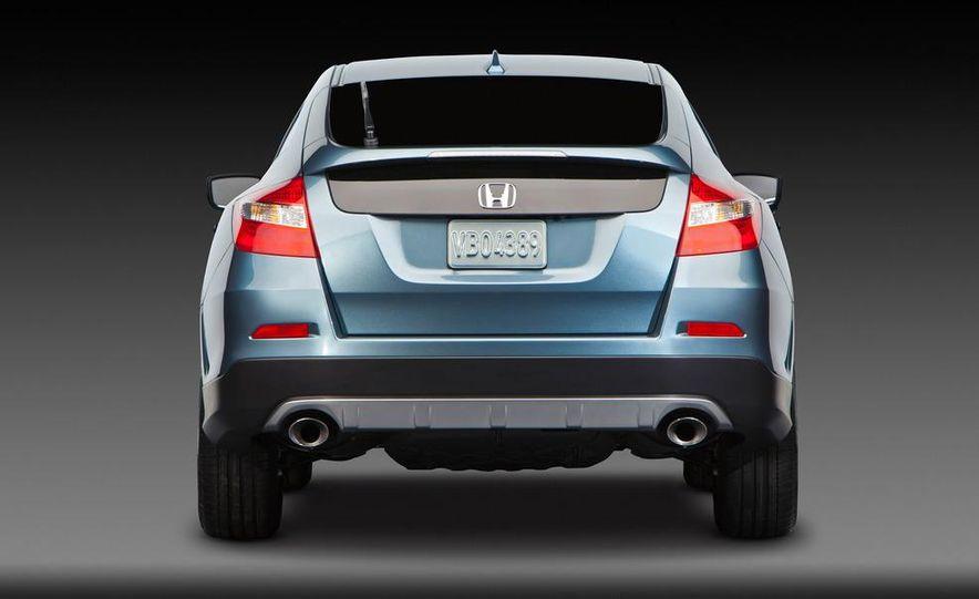 2013 Honda Crosstour concept - Slide 13