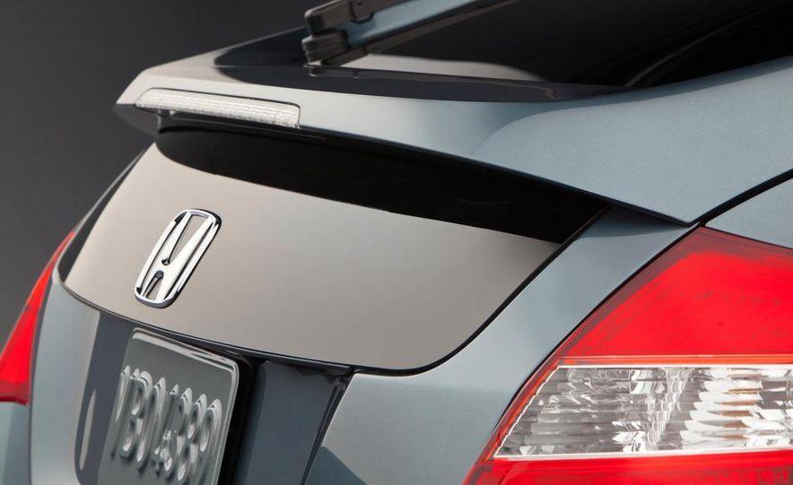 2013 Honda Crosstour concept - Slide 16