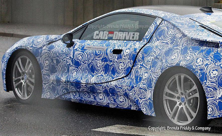 BMW i8 Concept Spyder - Slide 29