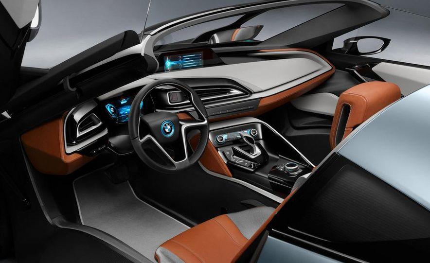 BMW i8 Concept Spyder - Slide 9