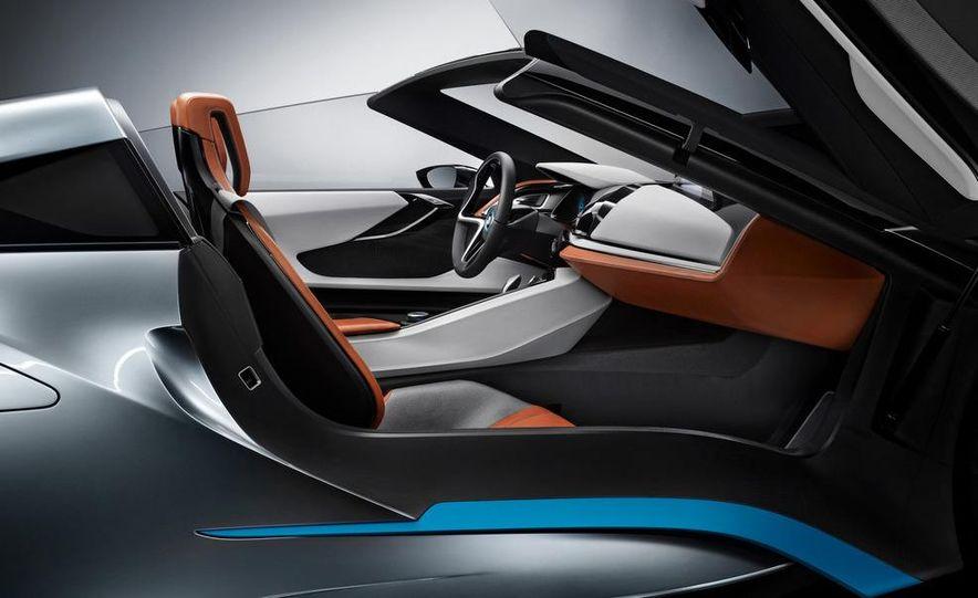 BMW i8 Concept Spyder - Slide 11