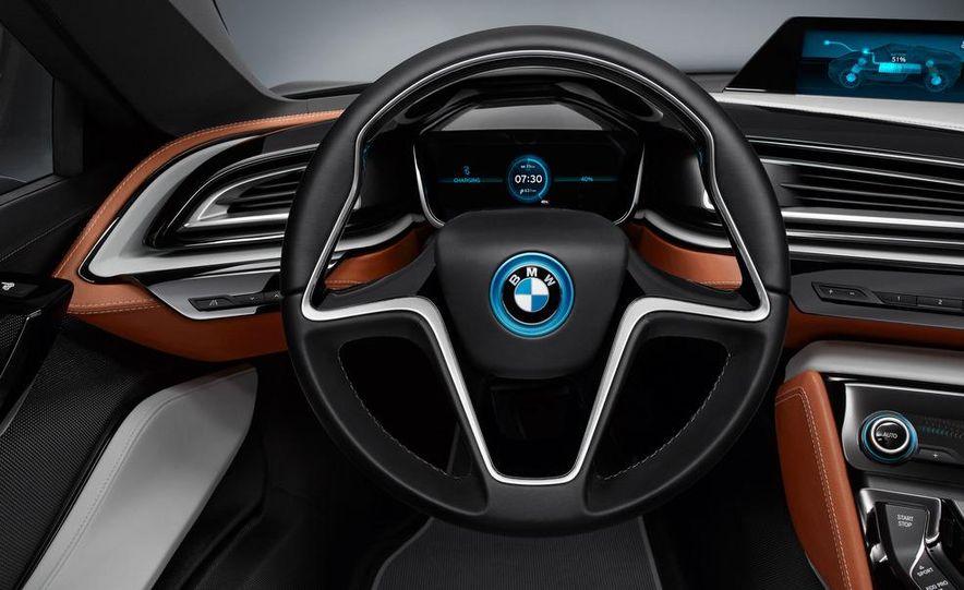 BMW i8 Concept Spyder - Slide 13