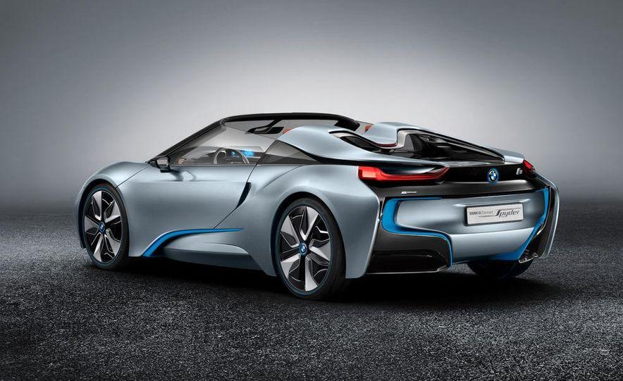 BMW i8 Concept Spyder - Slide 4