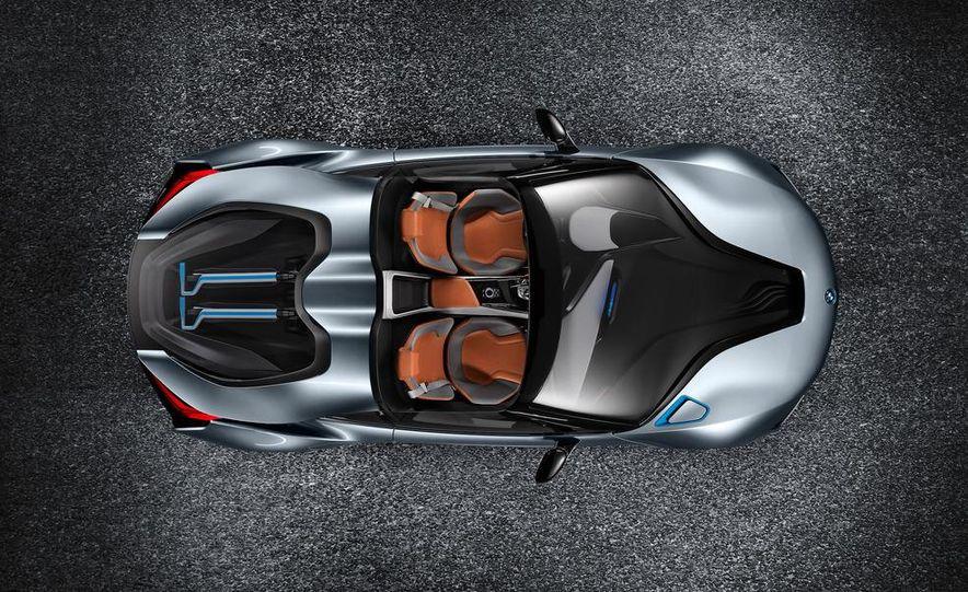 BMW i8 Concept Spyder - Slide 5