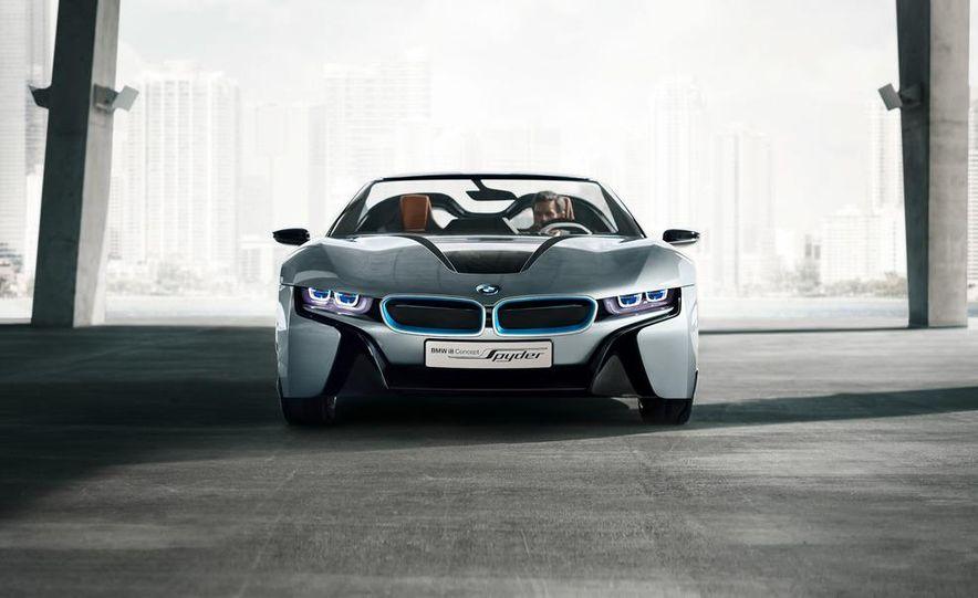 BMW i8 Concept Spyder - Slide 18