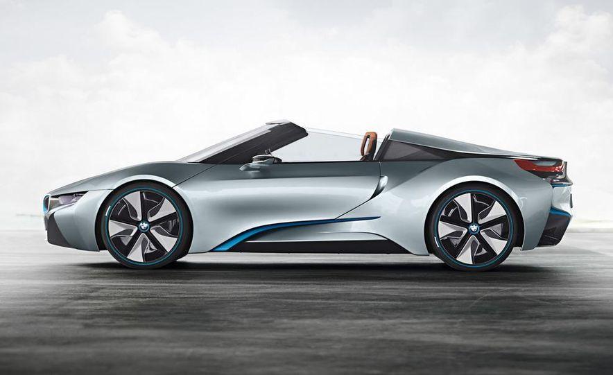 BMW i8 Concept Spyder - Slide 21