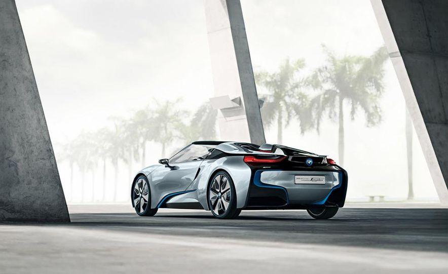 BMW i8 Concept Spyder - Slide 23
