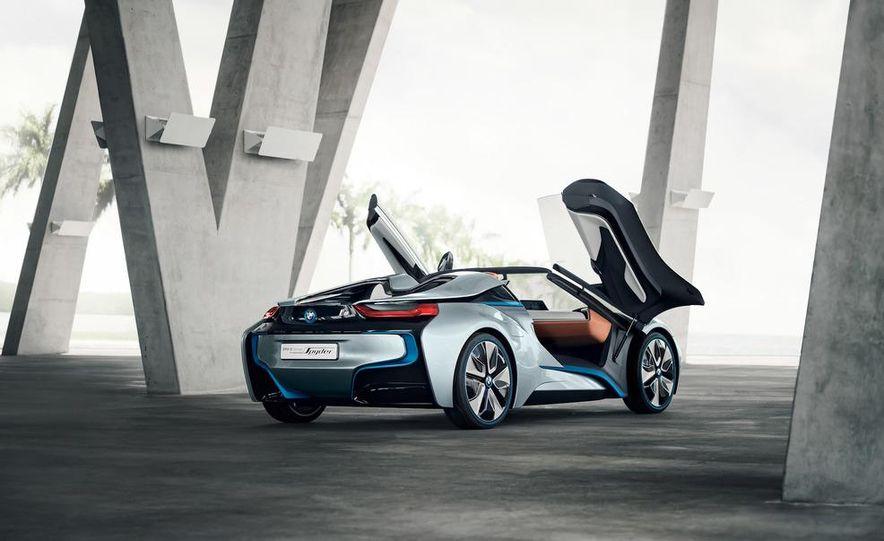 BMW i8 Concept Spyder - Slide 24
