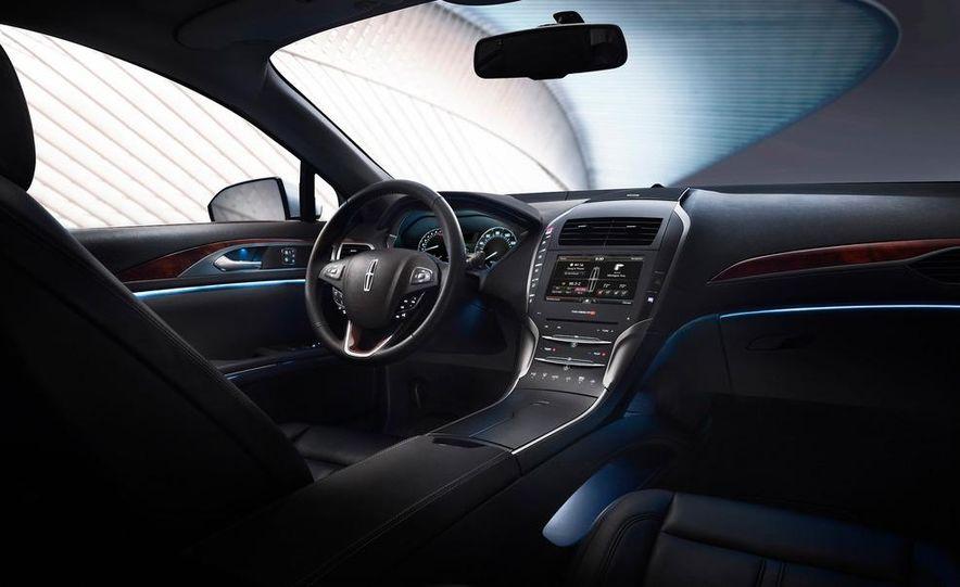 2013 Lincoln MKZ - Slide 27