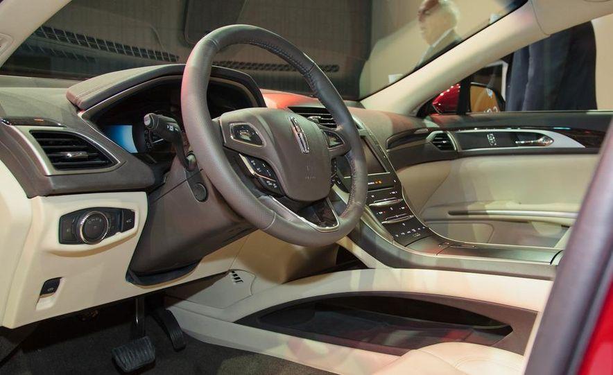 2013 Lincoln MKZ - Slide 11