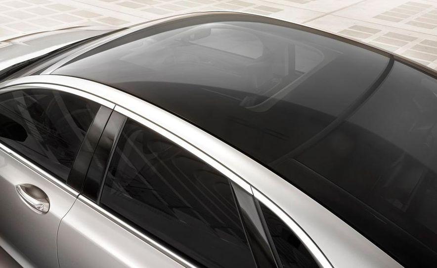 2013 Lincoln MKZ - Slide 23