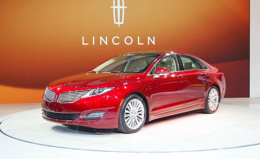 2013 Lincoln MKZ - Slide 1