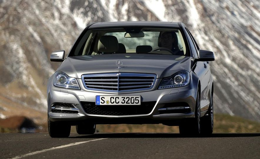 2015 Mercedes-Benz C-class (spy photo) - Slide 12