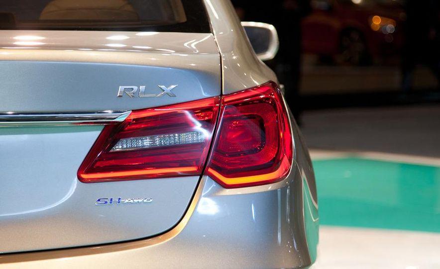 2014 Acura RLX SH-AWD concept - Slide 9
