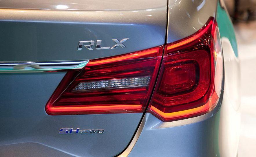 2014 Acura RLX SH-AWD concept - Slide 17