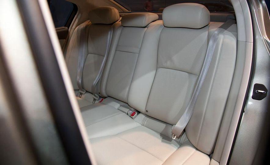 2014 Acura RLX SH-AWD concept - Slide 12