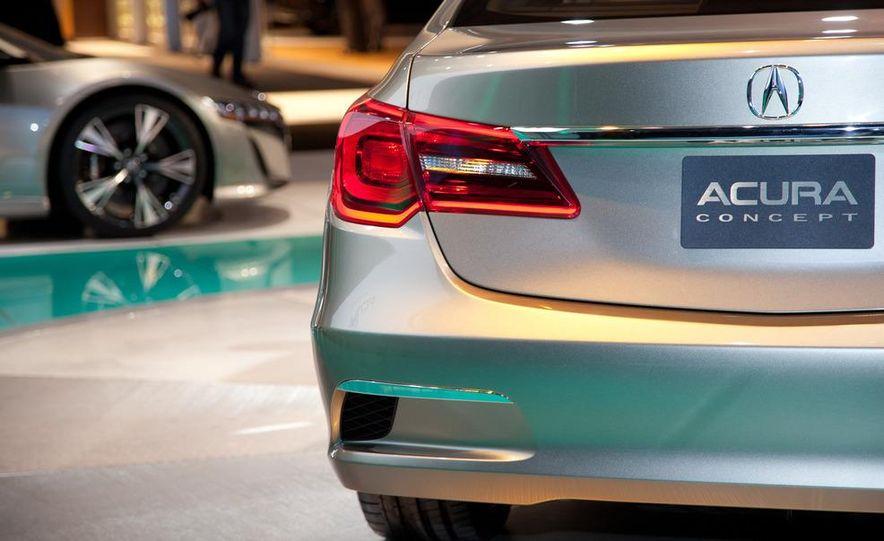 2014 Acura RLX SH-AWD concept - Slide 8
