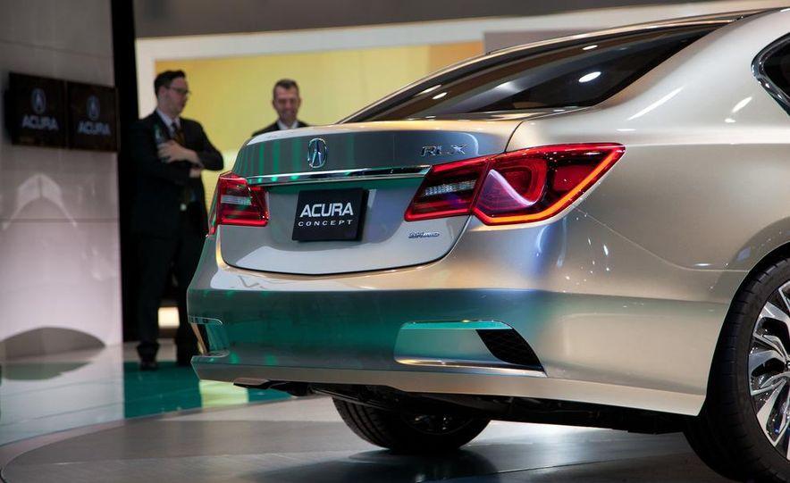 2014 Acura RLX SH-AWD concept - Slide 10