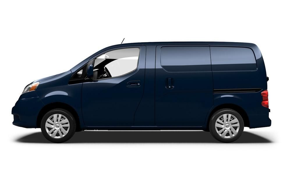 Nissan NV200 Reviews | Nissan NV200 Price, Photos, and Specs | Car