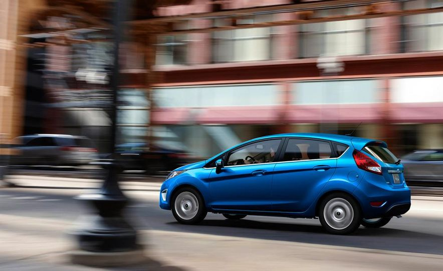 2014 Ford Fiesta hatchback (spy photo) - Slide 25