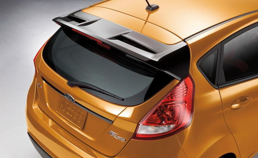 2014 Ford Fiesta hatchback (spy photo) - Slide 19