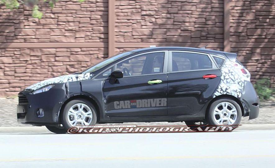 2014 Ford Fiesta hatchback (spy photo) - Slide 7